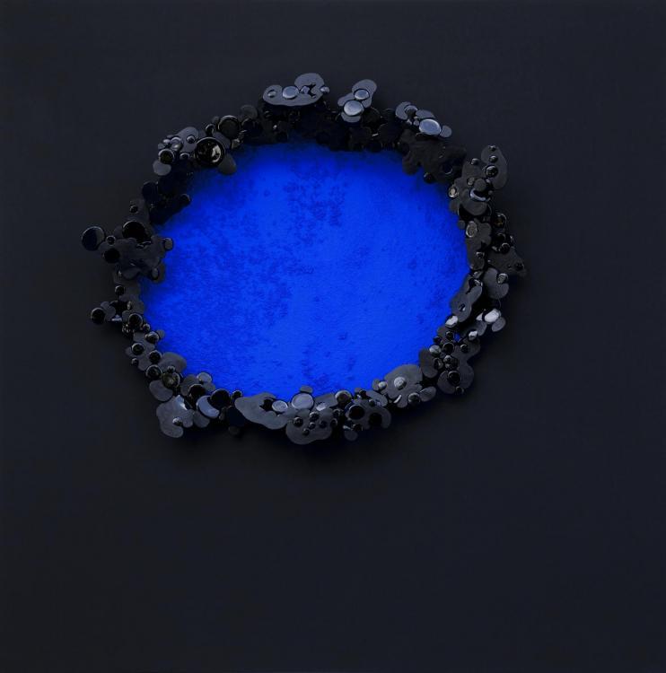 Grand Primordial, 2016 - vinyl on canvas, 80 x 80 cm