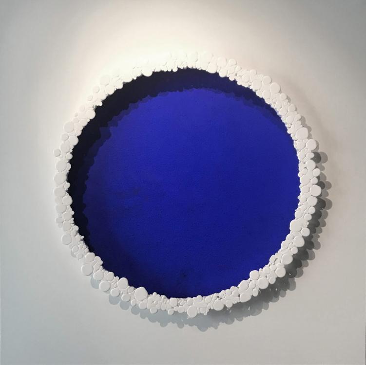 Le Grand Bleu, 2018 - vinyl, 120 x 120 cm