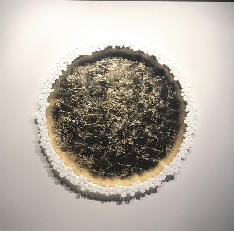 Le Grand Or, 2018 - vinyl, 120 x 120 cm